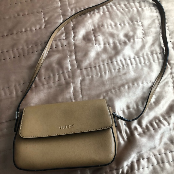Guess Handbags - VINTAGE GUESS leather brown crossbody Bag
